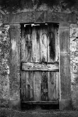 PORTE AVEC UN COEUR (Colette RICHARD, auteur-photographe) Tags: coeur amour porte sentiment