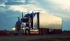 Kenworth (quarterdeck888) Tags: nikon flickr transport frosty lorry trucks express kenworth tractortrailer semitrailer bigrig movingpictures tippers haulage quarterdeck heavyvehicles roadtransport bdouble tautliner newellhwy truckies highwaytrucks australiantrucks d5100 jerilderietruckphotos jerilderietrucks