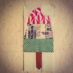 #paperpiecing #pinkpenguin #popsicle #fabric #patchwork (kcalgary) Tags: square pattern fabric squareformat treat patchwork tutorial popsicle paperpiecing pinkpenguin iphoneography instagramapp xproii uploaded:by=instagram