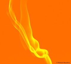 IMG_7415 (Benemiky) Tags: orange yellow smoke giallo arancione incenso fumo scia