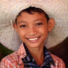 Myanmar (Burma) (Dietmar Temps) Tags: travel school portrait people tourism girl smile smiling kids children student asia asien southeastasia sdostasien faces yangon burma buddhist traditional culture buddhism adventure explore journey monks myanmar mon shan tradition pali ethnic burmese birma mandalay bagan rangoon thanaka ethnology birmanie birmania mianmar explored bamar ethnie monasticschool