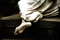 Feetish (AlessandroDM) Tags: cimiteroacattolico ostiense roma piedi feet