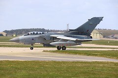 ZG791 (Rob390029) Tags: royl air force raf panavia tornado gr4 plane jet military aircraft aviation lossiemouth egqs taxiing zg791 137