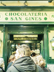 2016Day3_09_0207_1-40  (f - 2.9).jpg (helldeath) Tags:  month02february sapin  year2016 restaurantmadridchocolateriasangins time helldeath madrid comunidaddemadrid  es