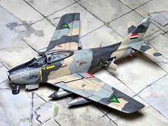 1:72 North American F-86F-30 'Sabre'; aircraft '251' (ex USAF BuNo 55-7251) of the No. 4 Squadron, Royal Iraqi Air Force (RIrAF,    ); Habbaniya AB, early 1958 (Whif/SPINNERS tribute/Hobby Boss kit) (dizzyfugu) Tags: 172 naa north american sabre f86 e30 short wing iraq irak air force royal iraqi riraf     habbaniya revolution mystery fictional aviation desert camouflage 1958 obscure whif whatif spinners cg simulation tribute modellbau conversion dizzyfugu hobby boss model kit