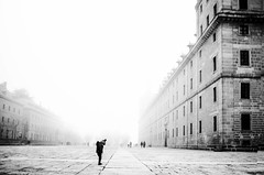 """El Escorial"" by Charo Diez, Spain (childphotocompetition) Tags: charo diez spain street silhouette bw blackandwhite bwchildphotocontest sky white plain city"