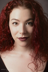 Beautiful people (Pelayo Gonzlez Fotografa) Tags: mujer woman female retrato portrait redhead pelirroja rembrandt headshot cantante singer estudio iluminacin patriciasaezromero rerato