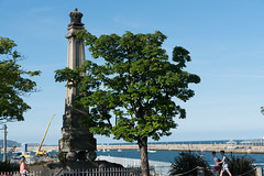 1821  King George IV Monument [Dun Laoghaire, Co. Dublin]-120985 (infomatique) Tags: dnlaoghaire countydublin ireland seasideresort harbour port williammurphy infomatique zozimuz fotonique sony a7rm2 fepz28135mmf4gosslens kinggeorgeiv monument