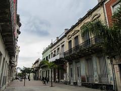 "Montevideo: la vieille ville <a style=""margin-left:10px; font-size:0.8em;"" href=""http://www.flickr.com/photos/127723101@N04/29750737765/"" target=""_blank"">@flickr</a>"