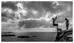 right angles and obtuse angles (www.johntruong.com) Tags: ocean sunset cliff beach rock clouds hawaii jump jumping oahu northshore beaches waimea waimeabay cliffjumping johntruong johntruongpictures johntruongphotography