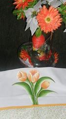 Tulipass (gracyceres) Tags: flores galinha flor toalha morango pintura rosto tulipa tecido pra coposdeleite banhiero panoprato