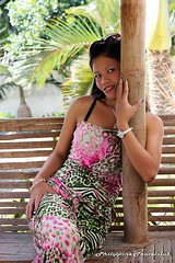 hug (philippine -travelclub.com) Tags: travel girls portrait sexy girl fashion strand boot asien meer erotic sommer urlaub philippines models posing bikini agency manila cebu bohol filipina boracay sonne reise panglao frauen erotik philippinen taucher tauchen alonabeach asiatin fotomodelle photomodels reisebegleitung urlaubsbegleitung