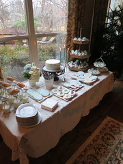 "Baby shower cake table • <a style=""font-size:0.8em;"" href=""http://www.flickr.com/photos/60584691@N02/8547732250/"" target=""_blank"">View on Flickr</a>"