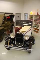120421-ADec Museum Tour-098