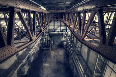 Pye in the sky (murphyz) Tags: crane urbanexploration elevated grime urbex ngte pyestock