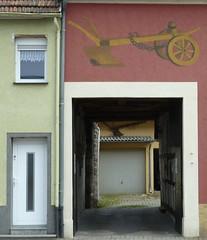 St. Ingbert (micky the pixel) Tags: door germany deutschland tor gebude fassade saarland einfahrt pflug stingbert