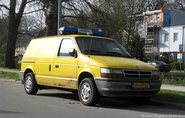auto old usa classic netherlands car vintage us automobile diesel nederland mini voiture 1993 turbo american 25 dodge van ram paysbas hilversum ancienne wagen utilitaire américaine bestelwagen bestel vv67td