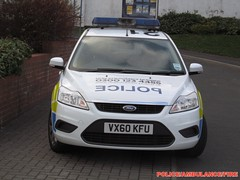 Staffordshire police-Ford focus estate-incident response vehicle-VX60 KFU-251 (policeambulancefire(3)) Tags: uk blue two english ford car lights pier focus call estate police headlights grill led yelp wig leds british hilo alpha emergency incident staffordshire tone response 999 sirens wail bullhorn whelen kfu strobes wags 251 repeaters vx60kfu vehiclevx60