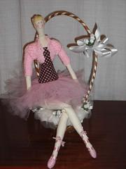 Tilda Bailarina - um charme (Eliiartesanatos **) Tags: boneca tilda bailarina bonecadepano bonecabailarina lembrancinhadeaniversario marronerosa tildabailarina