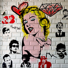 marilyn-04-08 (PASLIER MORGAN) Tags: red streetart dylan art love colors collage wall marilyn rouge army star grafitti you tag culture graph amour hero spock actress iloveyou hendrix mur couleur icone artiste bluesbrother brillant jetaime dutronc diams