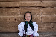 Romania, 2016 (marziotoniolo1) Tags: europe trip holiday vacanza viaggiatori viaggi viaggiare 24mm sigmaart sigma nikond810 nikon typical tradition traditional tradizioni bambina child children ritratto portrait maramures romania botiza