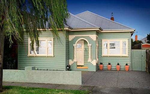 32 Richelieu St, West Footscray VIC 3012