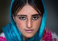 Afghan fteenage girl with nice eyes, Badakhshan province, Khandood, Afghanistan (Eric Lafforgue) Tags: 1516years 1617years afghan afghan522 afghani afghanistan anthropolgy badakhshanprovince beautiful blackhair centralasia closeup colourimage community eyes headshot headscarf horizontal indigenousculture ismaili khandood khol lifestyles lookingatcamera oneperson oneteenagegirlonly photography portrait teenager traditionalclothing veil wakhan wakhi pamir afeganisto