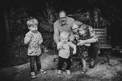 Grandchildren (siebe ) Tags: 2016 holland netherlands siebebaardafotografie dutch familie family portrait portret wwwsiebebaardafotografienl grandparents grandchildren kids opa oma child play