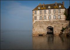 Mont Saint Michel (Nathalie Racoussot) Tags: montsaintmichel france mer olympus