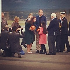 Kate in Hobbs trench coat and maple leaf tartan scarf #PrinceWilliam #KateMiddleton #dukeandduchessofcambridge #yukon #airport #travel #travelinginstagram #royaltour #royalvisitcanada #Canada #cold #instagood #instagram #instalike #like4like #follow4follo (Timothy Hollywood Khan) Tags: instagramapp square squareformat iphoneography uploaded:by=instagram rise