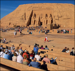 (2353) Abu Simbel (Egypt) (QuimG) Tags: abusimbel egypt egipte egipto golden people gent gente art architecture arquitectura olympus quimg quimgranell joaquimgranell afcastell specialtouch obresdart