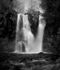 Posforth Gill Waterfall (Phil_Mercer) Tags: bw water waterfall rocks yorkshire desolation boltonabbey posforth