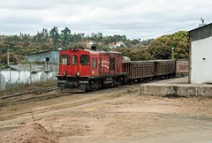 Ore train (klevsand) Tags: africa railroad train photography locals diesel accident railway loco afrika locomotive trondheim madagascar lokomotiv madagaskar antanarivo madarail klevsand