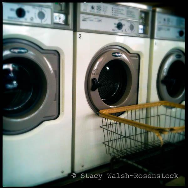 The worlds best photos of laundromat and ny flickr hive mind laundrorama stacyrosenstock tags nyc newyorkcity ny newyork basket clean wash laundry washingmachine laundromat solutioingenieria Images