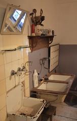 Kitchen (:Linda:) Tags: reflection kitchen germany mirror town sink thuringia basin tool washbasin themar