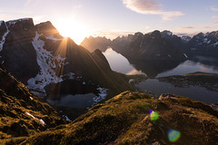 In the Hall of the Mountain King (Snutur) Tags: sunset norway may hike lofoten reine 2011 reinebringen