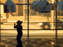 Jump! (!Michel Grenier!) Tags: game backlight kid montréal montreal enfant contrejour jeu palaisdescongrès mirrorless microfourthird olympusem5 olympusm75mmf18