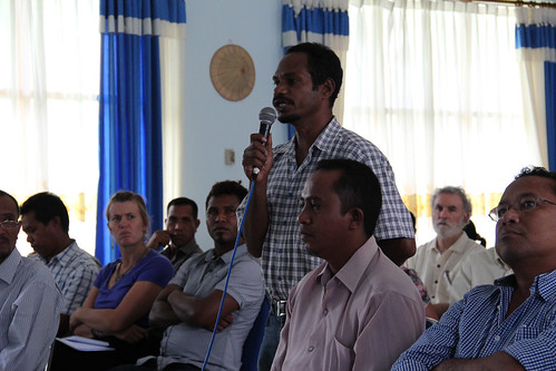 A participants asks a question at the Aquaculture for Food Security and Nutrition workshop in Dili, Timor-Leste. Photo by Holly Holmes, March 2013