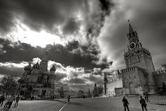 Dramatic Red Square (hgviola ) Tags: clouds nikon russia moscow dramatic wolken tokina revolution moskau hdr kremlin mauer kreml d300 roterplatz russland  basilius  spasskaya dramatisch basiliuskathedrale catedraldesanbasilio 1116mm   basilcathedral erlserturm hgviola