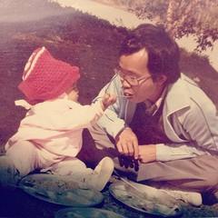 Me & my dad (กลับมาค้นดูรูปเก่าแห่งความทรงจำ)