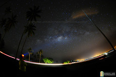 Looking to The Stars (shahreen | amri) Tags: city sky abstract silhouette glitter night dark way star evening solar shine natural background space cluster alien wave atmosphere twinkle science calm astro system sparkle telescope stellar galaxy nebula astrophotography observe tiny citylights astronomy outer outerspace universe exploration milky cosmic starry cosmos constellation shimmer milkyway vast starlight starfield starbright asterism