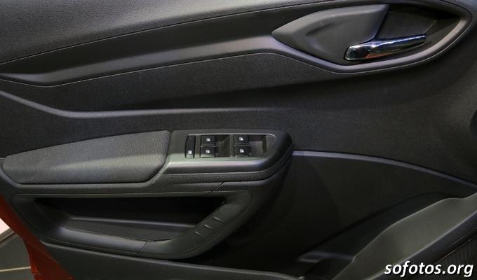 Controle dos vídros do Chevrolet Onix