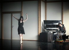 between notes and dots @Brussels (gu@n) Tags: liu dance piano marcia ng chor guan modifed