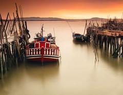 Vende-se (Vitor Pina) Tags: seascape sea river landscape longexposure light photography alentejo boat moments sunset shadows ocean water harbour