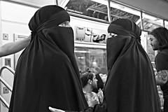 NYC100335/  ISLAM IN NEW YORK (a PSYCHIATRIST'S view) Tags: nyc new york subways islam veiled burkha chador cultures muslim photojournalism