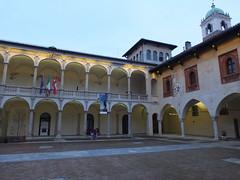 Broletto, Novara (twiga_swala) Tags: broletto novara cortile courtyard italian architecture italy centro storico via fratelli rosselli medievale complesso medieval building