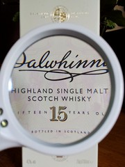 266/366: Dalwhinnie (Den's Lens 2000) Tags: dalwhinnie singlemalt magnifyingglass whiskey
