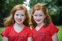 Red Head Days 2016 (Mary Berkhout) Tags: maryberkhout redheaddays 2016 breda valkenbergpark netherlands 4thseptember sisters roodharigendag ginger girl portrait portret