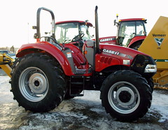 Case IH Farmall 75C Tractor. (dccradio) Tags: wisconsin mall farming equipment machinery ag agriculture wi agricultural farmequipment farmshow marshfield farmmachinery centralwisconsin shoppesatwoodridge marshfieldmall wisconsinfarming machineryshow agshowagricultureshow