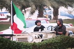 #2013 (15) (Fajer Alajmi) Tags: show red white black green cars plane war gulf 26 flag police 25 planes kuwait february feb q8  kwt      kuw              alfrsan  mseera